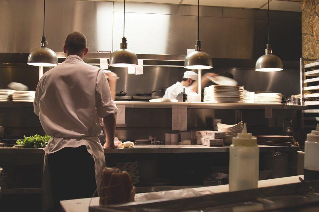חידוש מטבח למסעדה