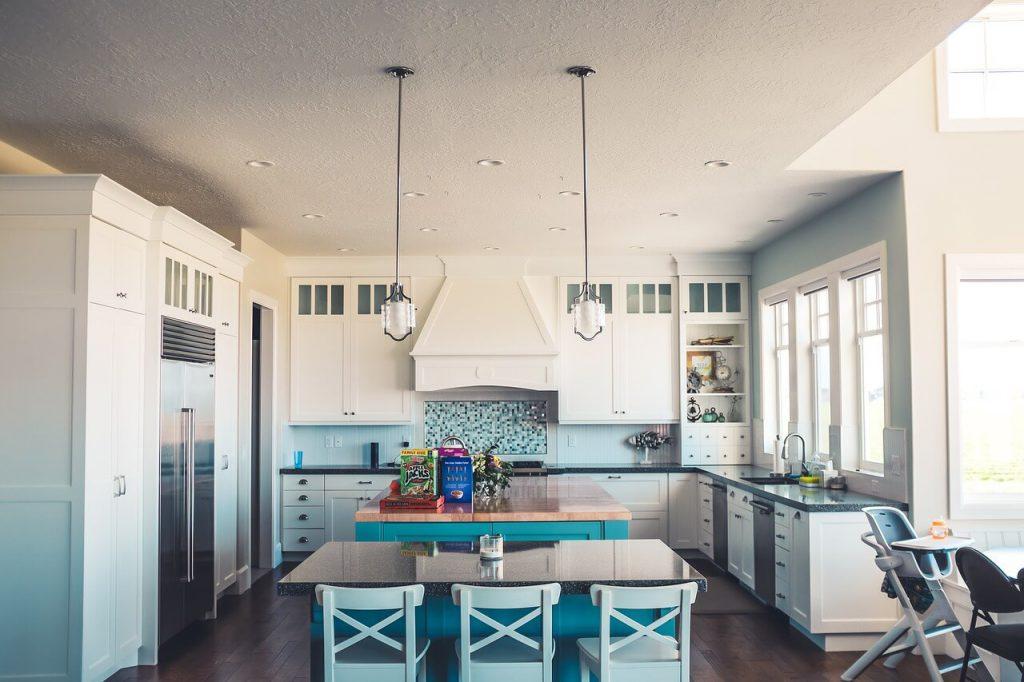 איך לבחור נכון תאורה למטבח?